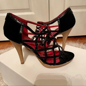 Vintage black caged heels size 8